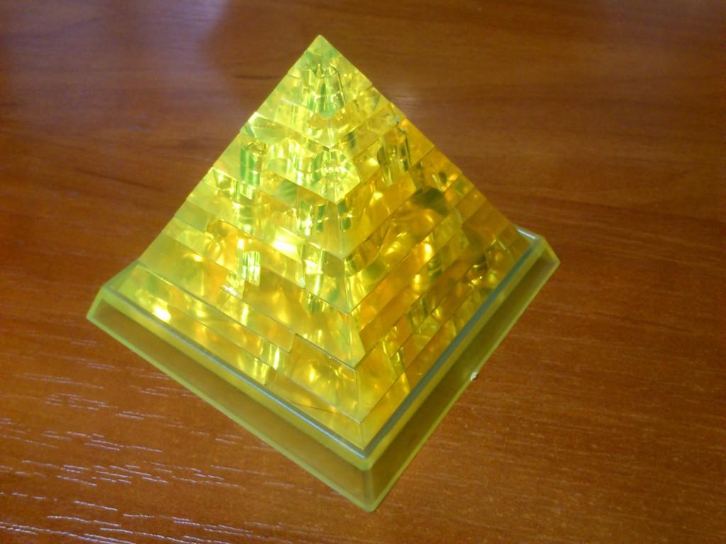 3D-паззл — пирамида